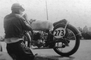 Herbert Körting with its DKW motorcycle